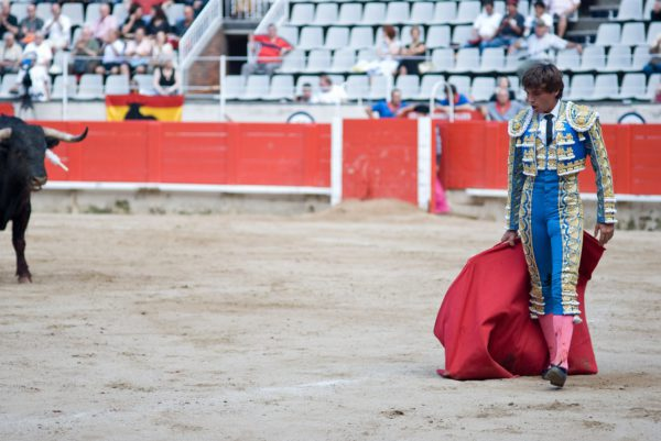 "What does ""olé"" in bullfighting mean?"